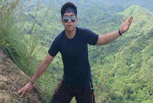 Mark E. - Philippines